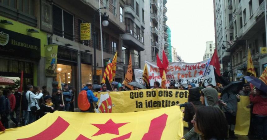 L'Esquerra Independentista desafia el capitalisme en un nou 25 d'abril